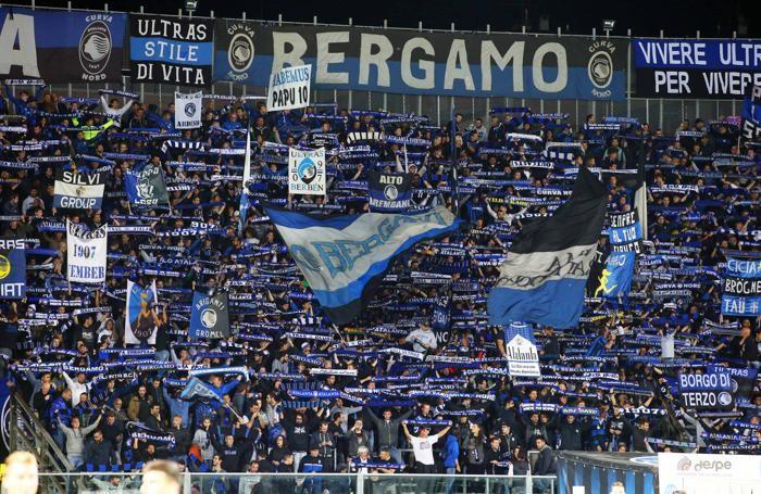Campionato Serie A 2017-2018 Atalanta - Crotone tifosi Atalanta