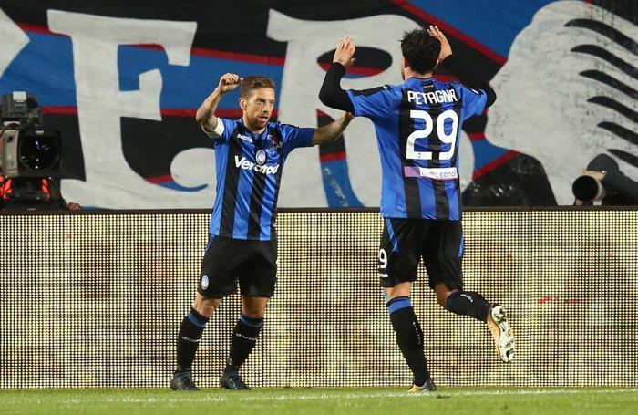 Campionato Serie A 2017-2018 Atalanta - Crotone Gomez esulta dopo il primo gol