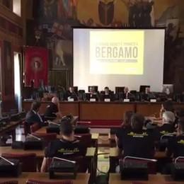 «Ci chiameremo solo Bergamo è un omaggio a chi ama il basket»