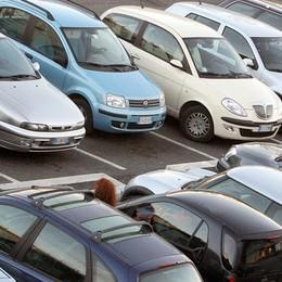 Vuoi comprare un'auto usata? Ecco come evitare sorprese