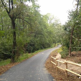 Parco dei Colli ancora più green Un km in più di pista ciclabile - Foto