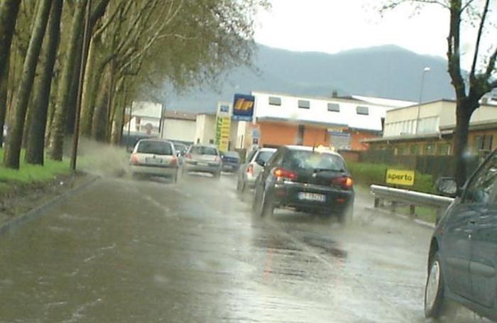 Bergamo - La via delle Valli allagata