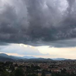 La Regione lancia l'allarme «Rischio temporali forti»