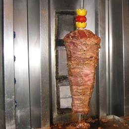 Violazione di norme igienico sanitarie Carabinieri sanzionano kebab a Romano