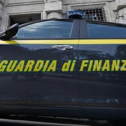 Maxi frode fiscale nel settore carburanti Oltre 65 milioni di euro scoperti dalla Gdf