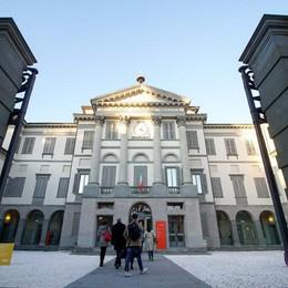 Ma quanto è social la Carrara Seconda su Instagram dietro gli Uffizi