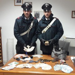Deposito della spaccio a Martinengo Trovato oltre 1,5 kg di droga: 2 arresti