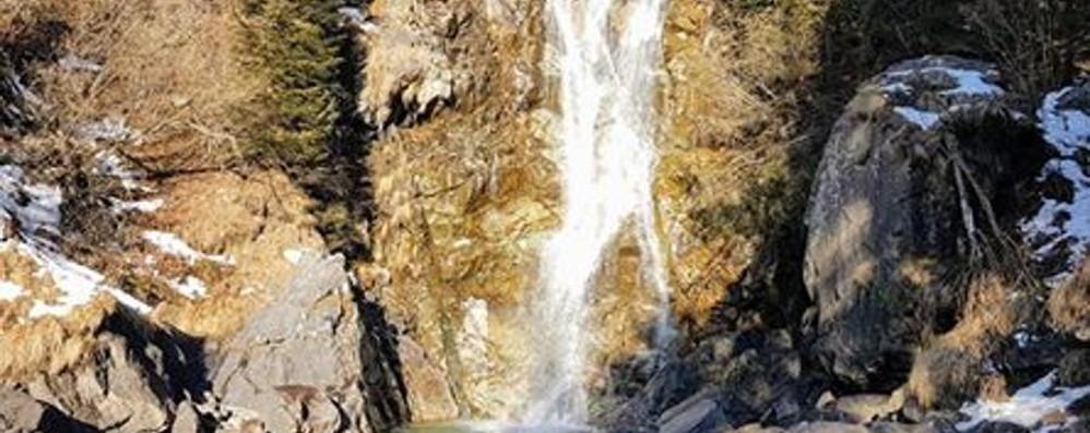 Che meraviglia la cascata del Vo' - Video La potenza dell'acqua e il sole in un video