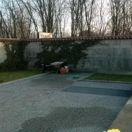 Malore al cimitero  Muore 74enne a Spirano