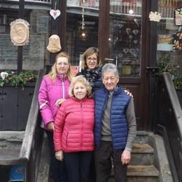 Castione, il Bar Museo compie 50 anni Tra un caffè e un viaggio nel Giurassico