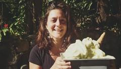 In Guatemala vende gelato per salvare donne e bimbi