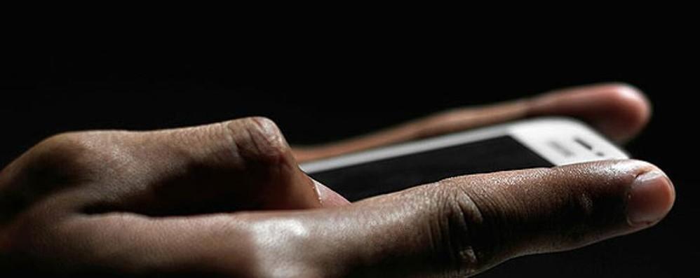 Smartphone lenti, Antitrust in campo Indagine su Apple e Samsung