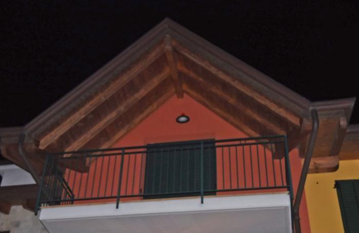 La casa dove si è consumata la tragedia, a Villa d'Almè