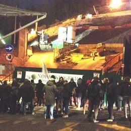 Protesta in Città Alta contro il parcheggio alla Fara