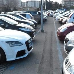 Seriate, parcheggio all'ospedale Tra pochi giorni torna a pagamento
