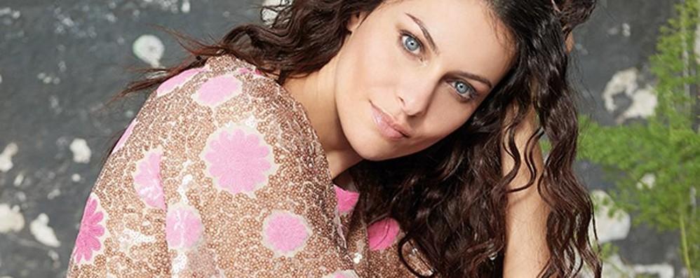 Sempre più moda per Paola Turani Testimonial per una nuova linea - Foto