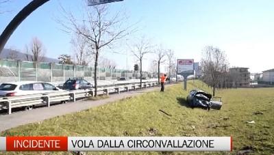 Incredibile incidente sulla circonvallazione di Bergamo