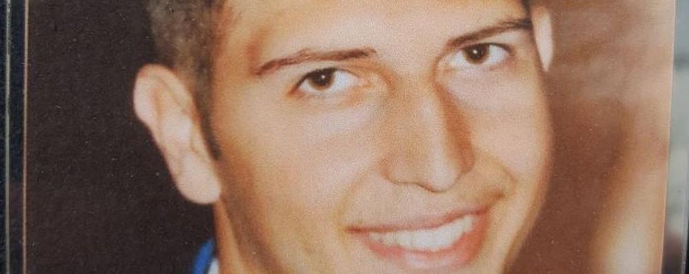 «Mattia, la scuola ti ricorderà per sempre» Un'aula intitolata alla memoria del giovane