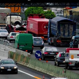 Grave incidente in A4, feriti Code tra Rovato ed Ospitaletto