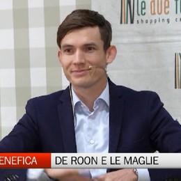 Asta benefica, De Roon consegna le maglie ai tifosi