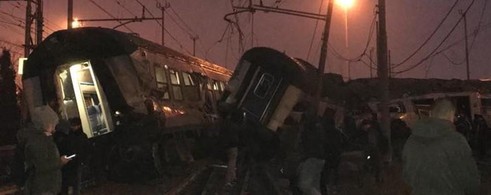Donna di Caravaggio sul treno deragliato «Tremava tutto, ho pensato fosse la fine»