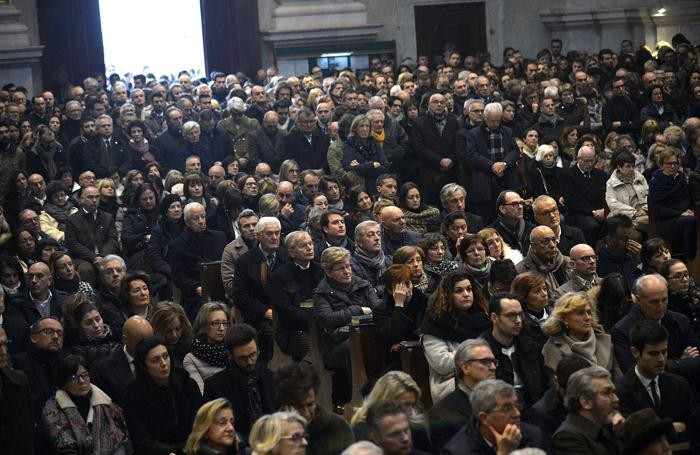 Folla ai funerali di Silvio Albini