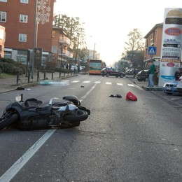 Schianto in moto, muore 40enne Incidente all'alba a Capriate