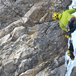 Si scalano le cascate di ghiaccio Un must? La «Spada» a Valleve