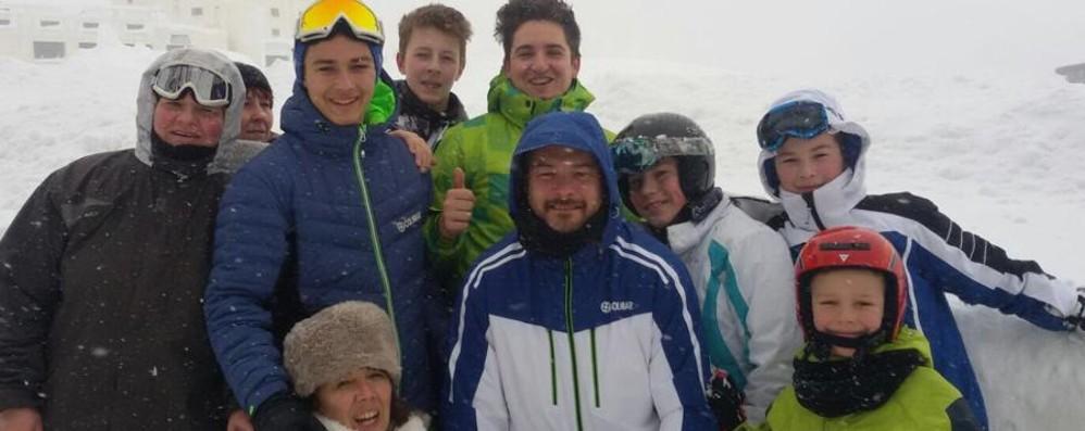 «Sommersi da tre metri di neve» 14 bergamaschi «ostaggi» a Sestriere