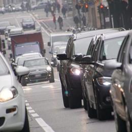 Smog, al via le limitazioni - Le info Stop ai diesel Euro 3, largo al car pooling