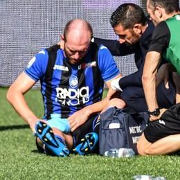 Lesione retto femorale, tegola per l'Atalanta Masiello fuori per almeno 25 giorni