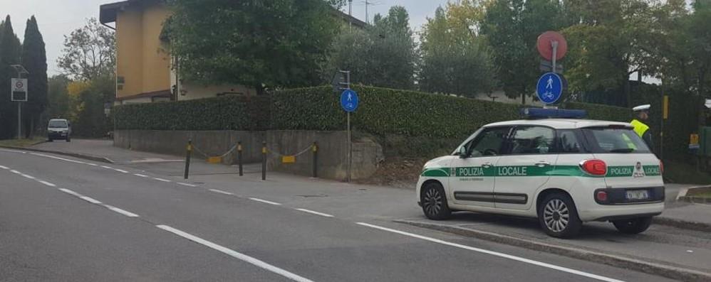 Si schianta contro un paletto e cade Grave ciclista 75enne a Pedrengo