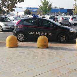 Furti a Oriocenter e a Curno I carabinieri arrestano tre ladri