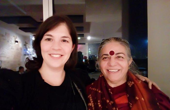 Vananda Shiva con una delle promotrici Adele Pappalardo