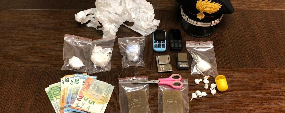Hashish nell'ovetto di cioccolato Grumello del Monte, arrestato 52enne