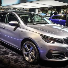 Peugeot 308 si arricchisce della Tech Edition