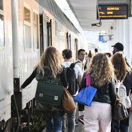 «Più corse sulla linea Bergamo-Milano» La Regione fa pressing su Trenord e Rfi