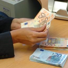 Il trucco della targa estera per non pagare Lotta all'evasione, una pagina su «L'Eco»