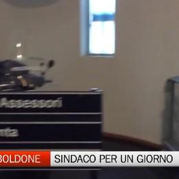 Torre Boldone, l'invito del primo cittadino venite a fare il sindaco per un giorno