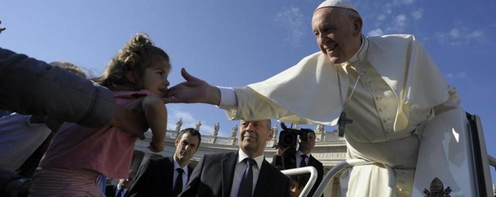 La comunicazione di Papa Francesco Venerdì incontro con monsignor Viganò