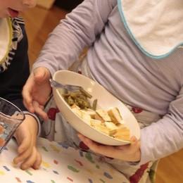 Niente mensa per i bimbi non residenti Scoppia il caso a Cenate Sotto