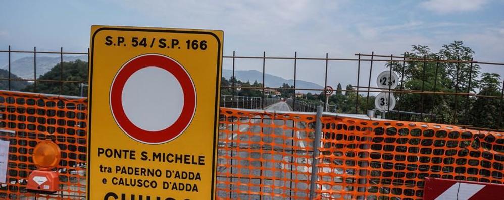 Divieti e chiusura del ponte a Calusco Un giro di 50 chilometri per passare l'Adda