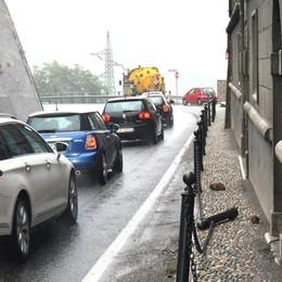 Sedrina, due incidenti in due giorni Lunghe code sulla strada provinciale