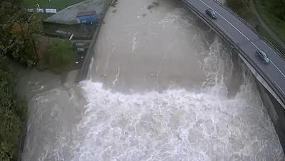 Vertova, la piena del fiume ripresa con il drone