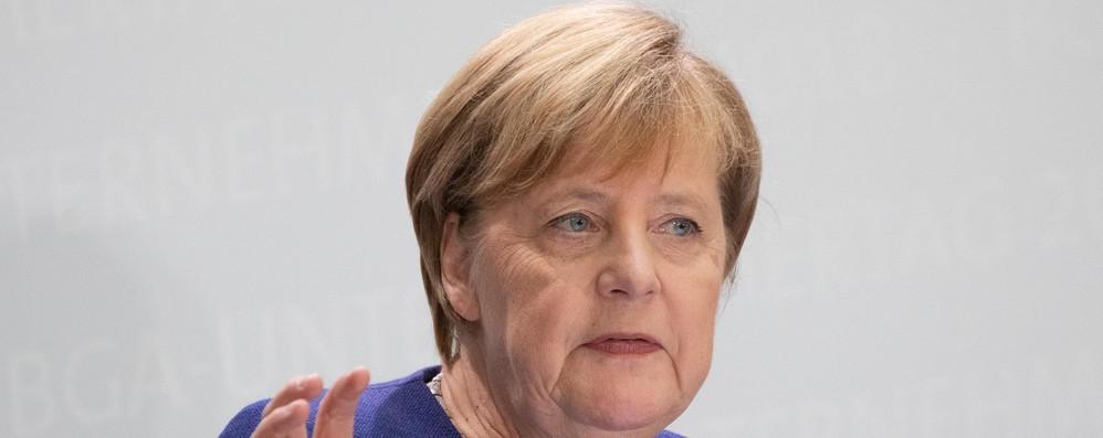 Merkel, incoraggianti riforme Italia contro corruzione