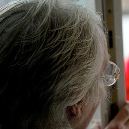 «Suo figlio ha avuto un incidente d'auto» Nuova truffa ai danni di un'anziana