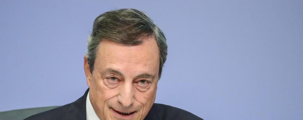 Bce: Draghi, Italia come Brexit è fra le incertezze per l'Eurozona
