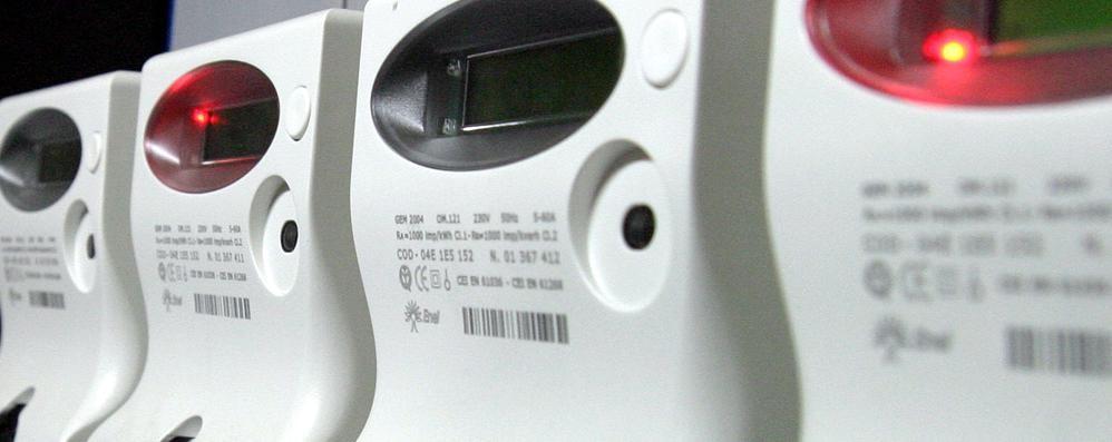 Inflazione, stangata in bolletta Luce e gas rincarano del 6,1%