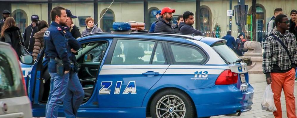 Bergamo, blitz nelle vie dello spaccio Identificate 128 persone in due giorni