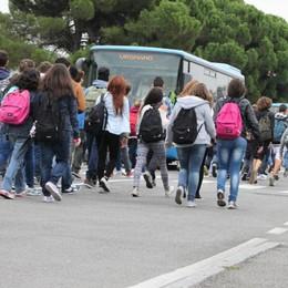 Dalmine, l'appello del preside «Più sicurezza per i duemila studenti»